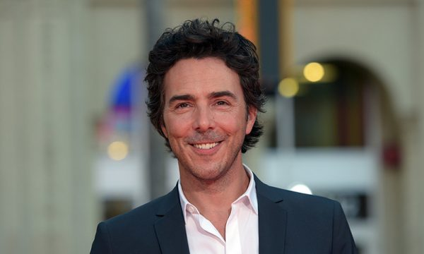 Amblin Sci-Fi Pic The Fall Sets Shawn Levy To Direct