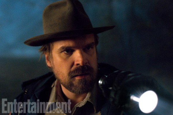 Hopper's Arc In Stranger Things Season 2 Is Very Different