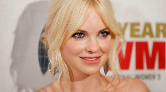 Overboard Remake Sets Anna Faris Opposite Eugenio Derbez