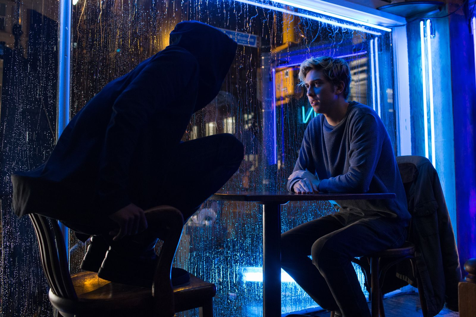 Light Encounters A World-Famous Detective In First Official Still For Netflix's Death Note