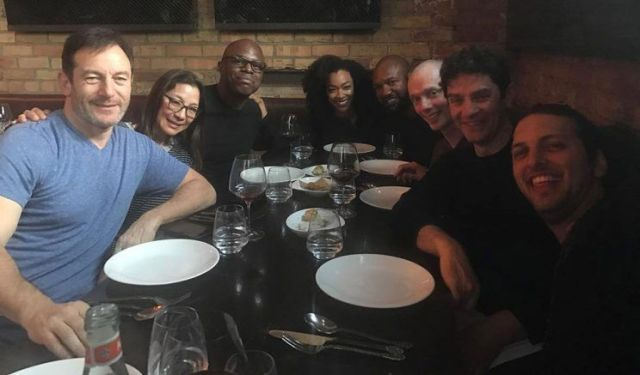 Cast Photo For Star Trek: Discovery Gathers The Crew
