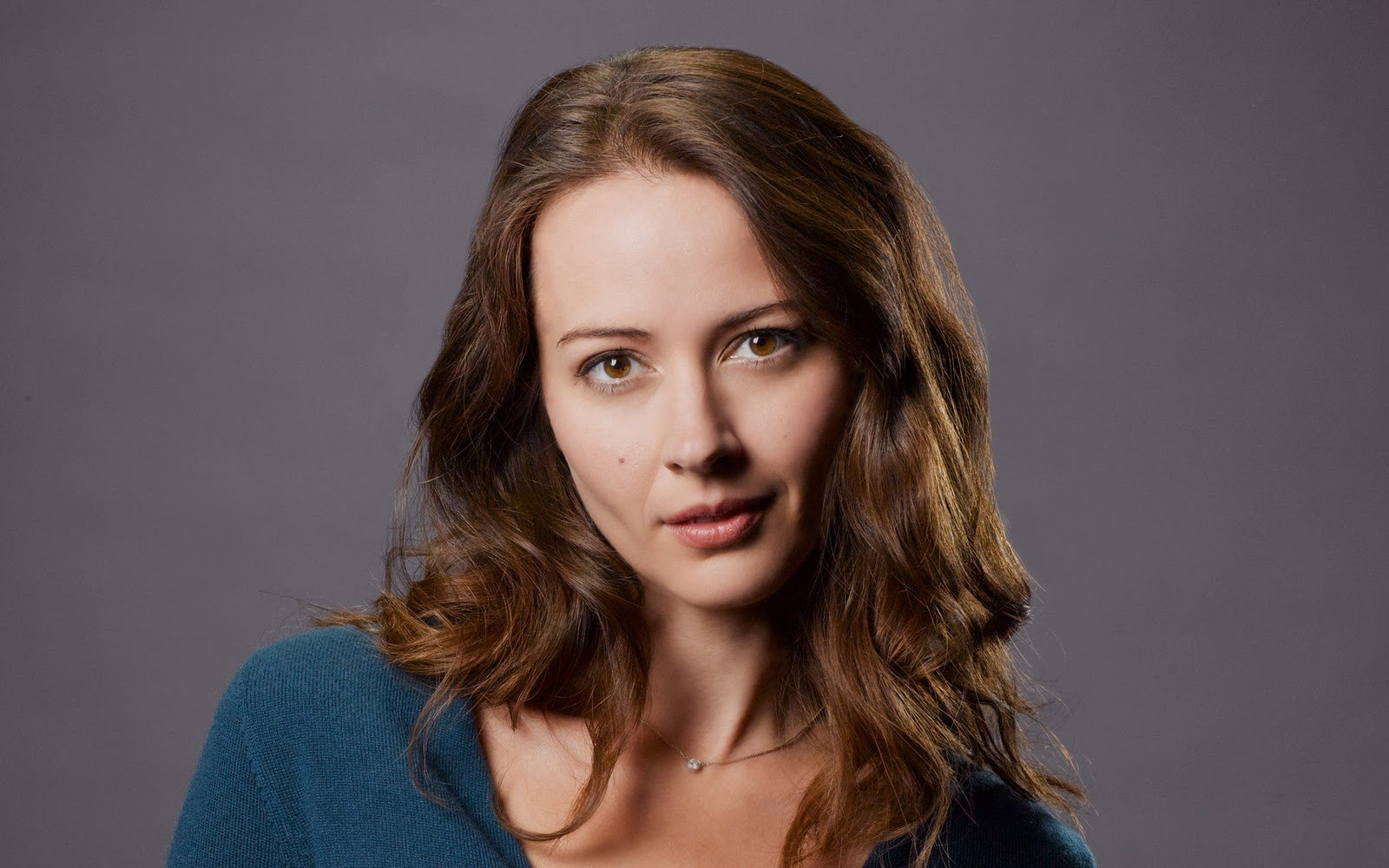 Former Angel Star Amy Acker Lands Female Lead On X-Men TV Series