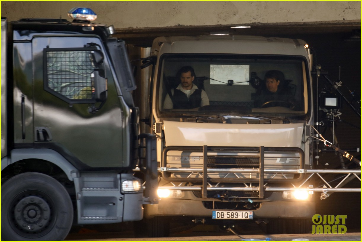 Set Photos For Mission: Impossible 6 Find Tom Cruise And Henry Cavill Behind The Wheel