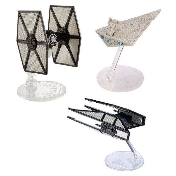 Tie-In Merch For Star Wars: The Last Jedi Seemingly Offers Up An Early Peek At Kylo Ren's Starfighter