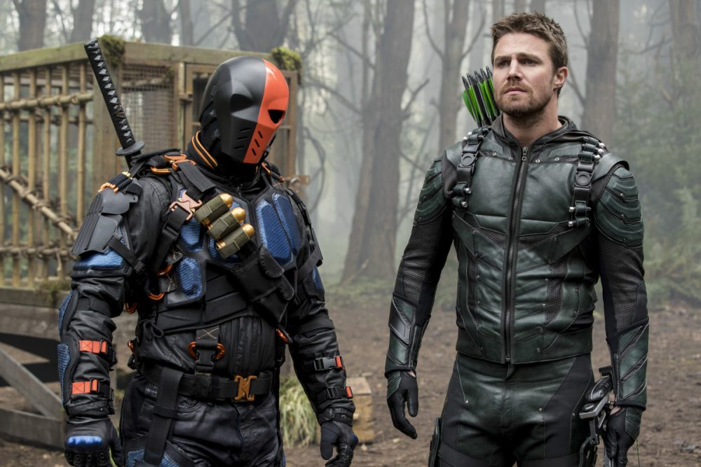 Stephen Amell Confirms Deathstroke Will Play A Role In Arrow Season 6