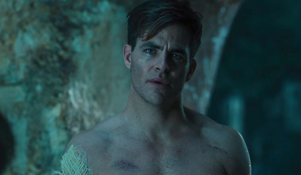 Chris Pine Recalls Wonder Woman's Most Revealing Scene