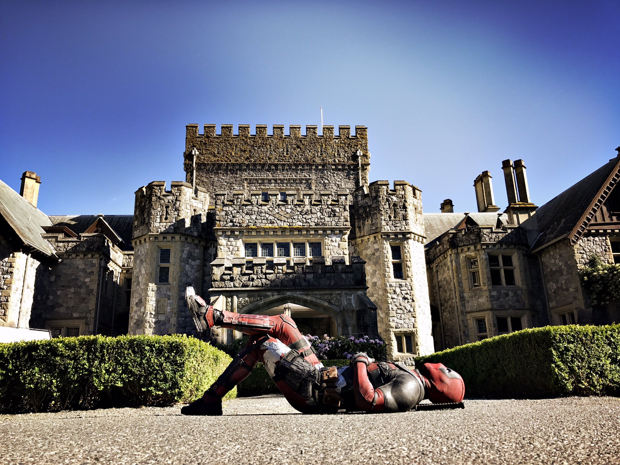 Ryan Reynolds Shares First Set Photo From Deadpool 2, Features X-Men Mansion
