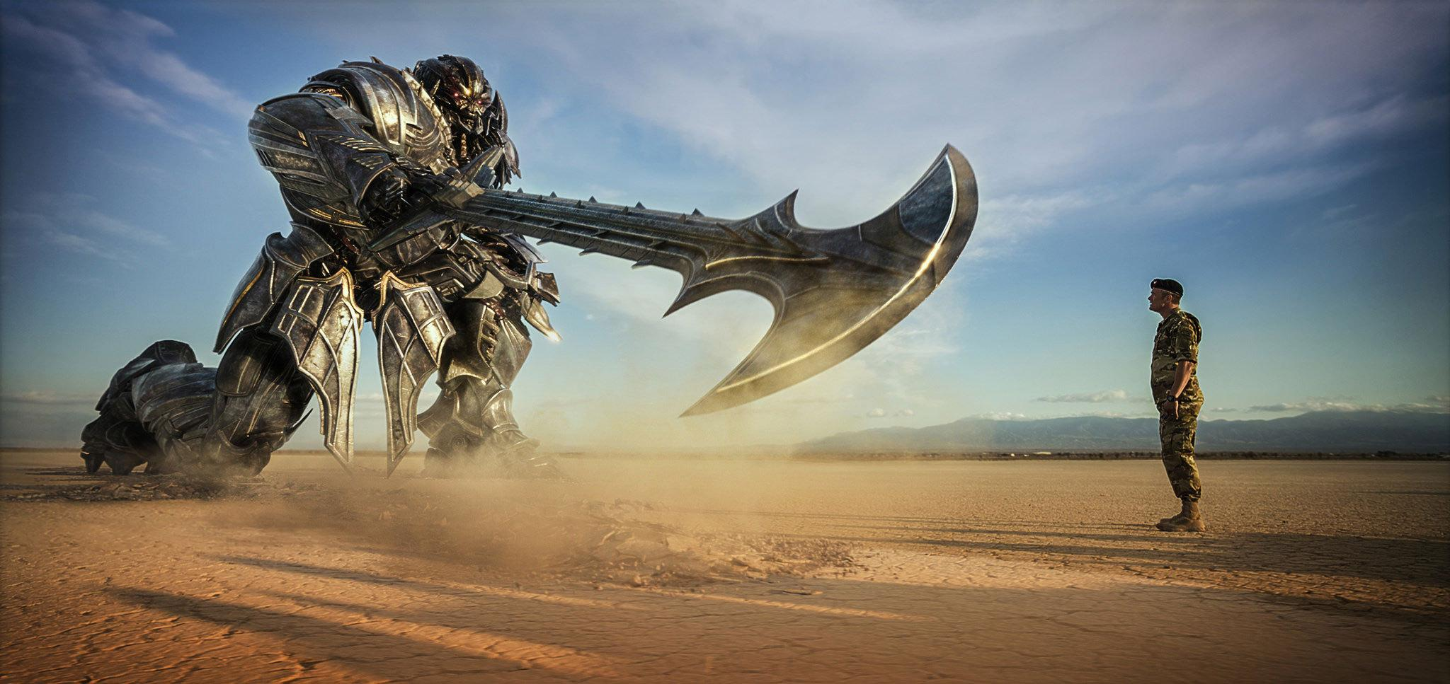 Michael Bay Rolls Out A Slew Of Stunning High-Res Stills For Transformers: The Last Knight