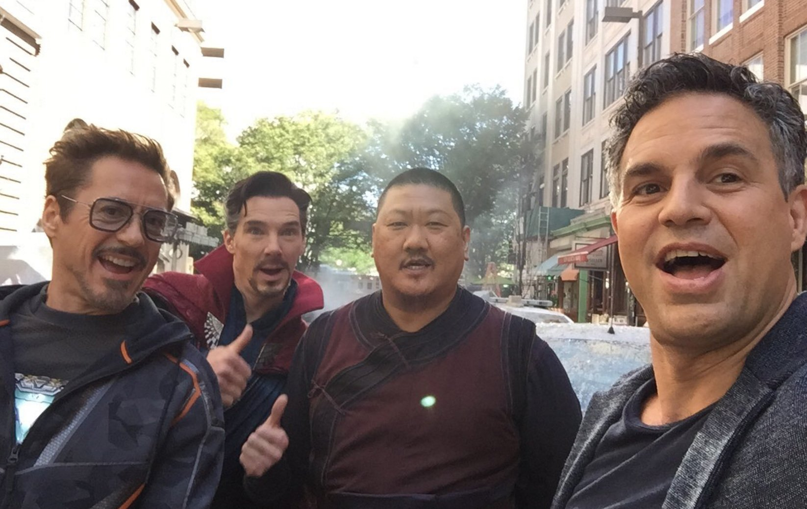 Another Set Photo For Avengers: Infinity War Reunites Marvel's Lunch Buddies