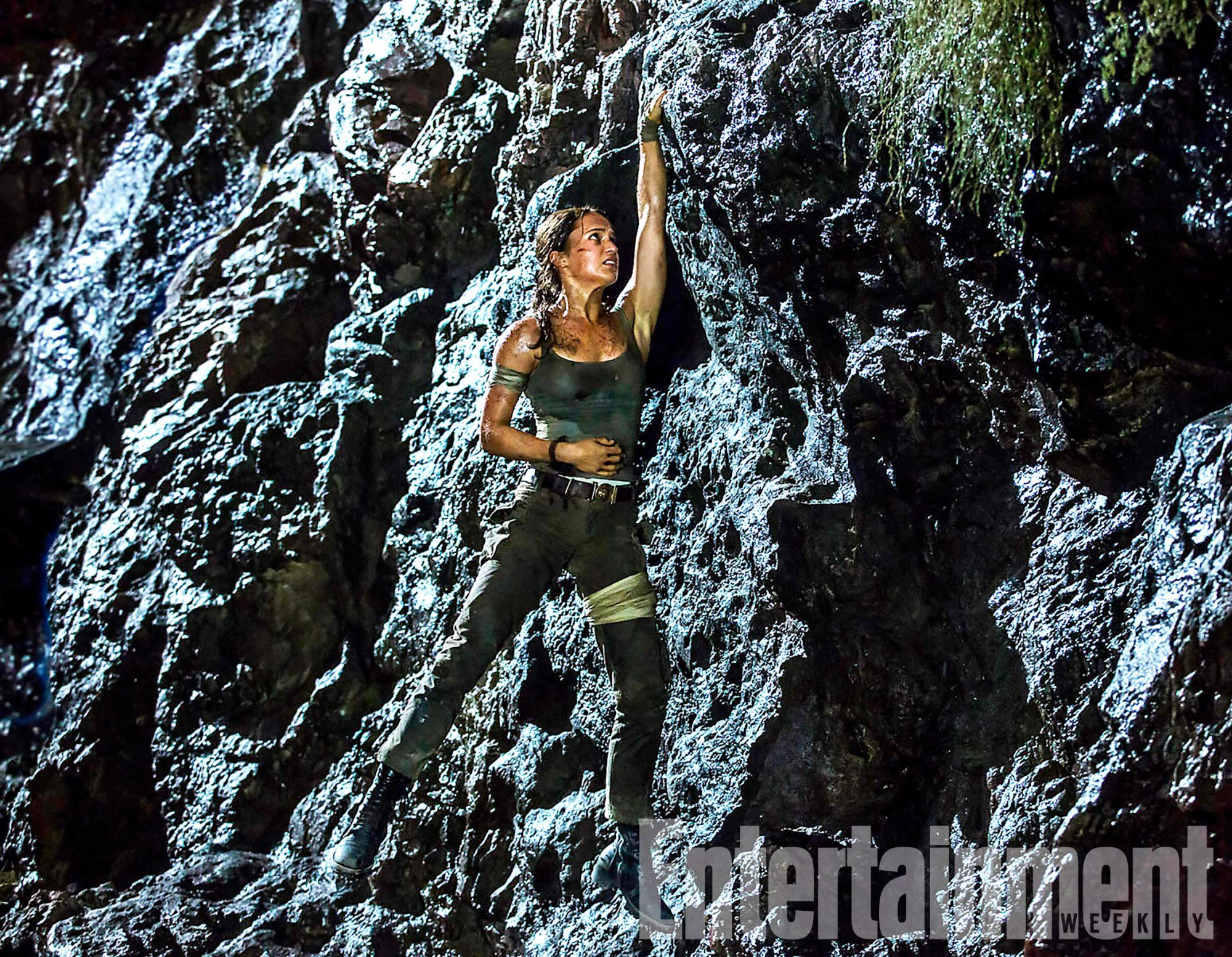 Alicia Vikander Scales New Heights In Tomb Raider Action Shot