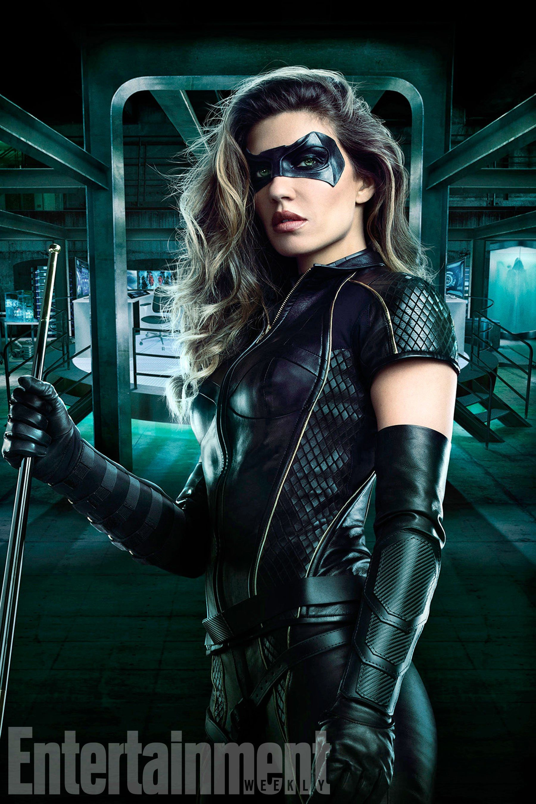 Arrow: First Official Image Of Dinah Drake's Black Canary Costume Surfaces