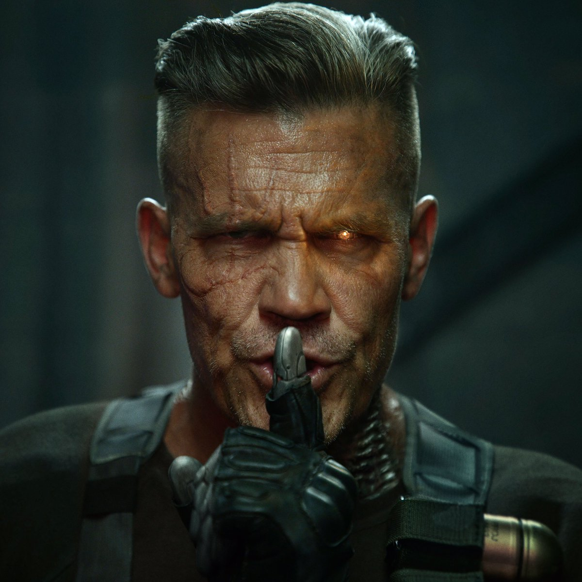 Cable Goes Insane In Stark New Deadpool 2 Photo