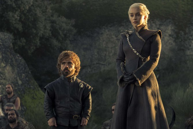 "Jon And Dany Plan Their Next Move In First Pics For Game Of Thrones Season 7, Episode 5 ""Eastwatch"""