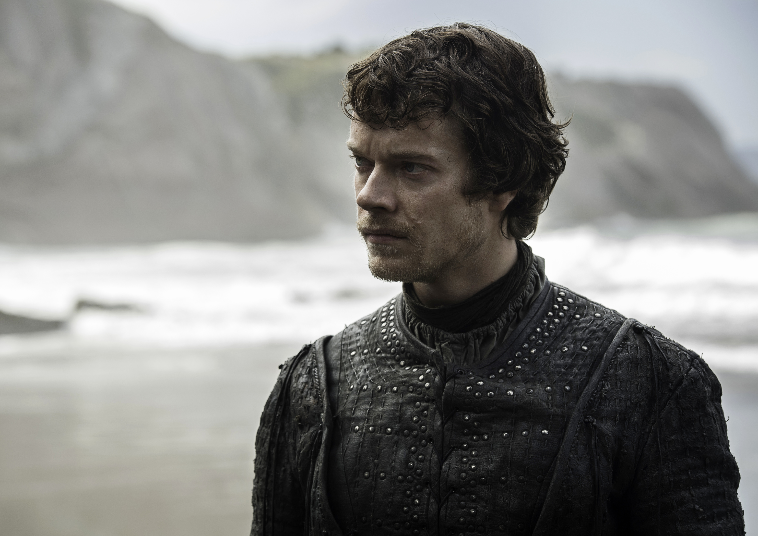 Game Of Thrones Season 7: Littlefinger Plots And Theon Makes Landfall In Latest Action Shots