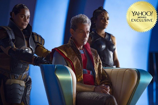 The Grandmaster And Valkyrie Feature In Brand New Thor: Ragnarok Photo