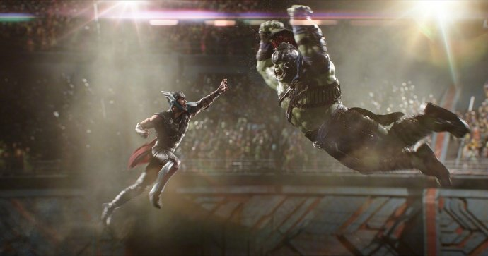 New 'Thor: Ragnarok' Clip Offers Slightly Different Look At Thor-Hulk Fight