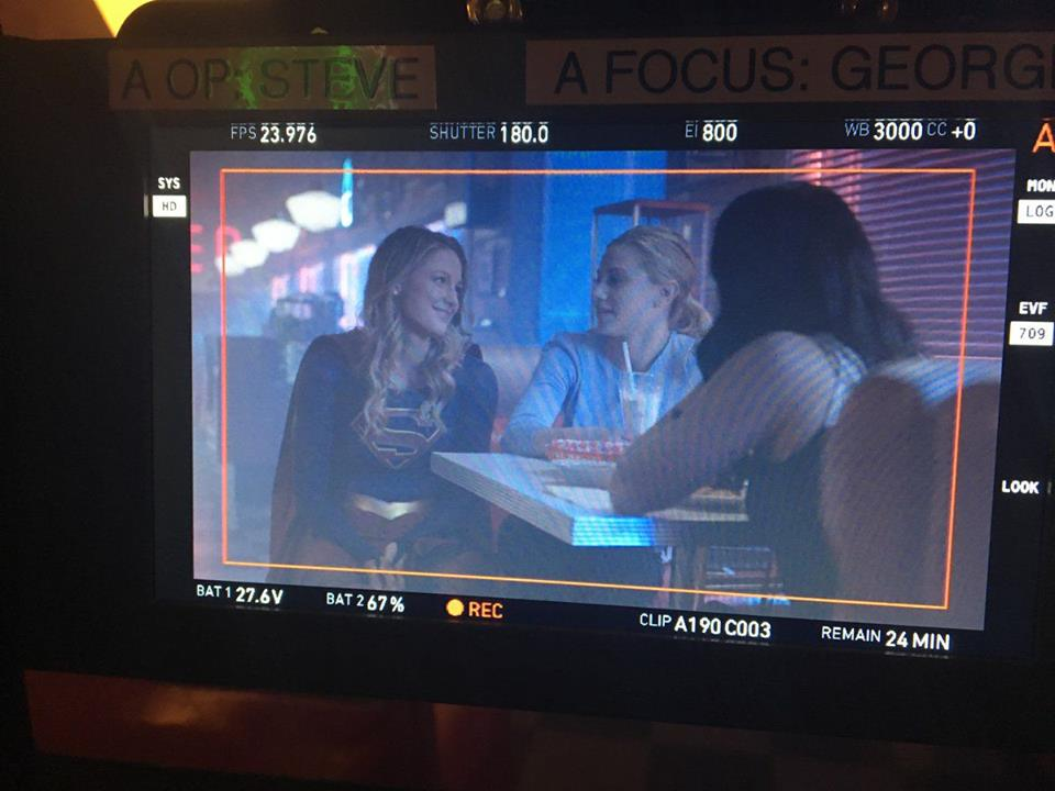 Supergirl Spotted On The Set Of Riverdale