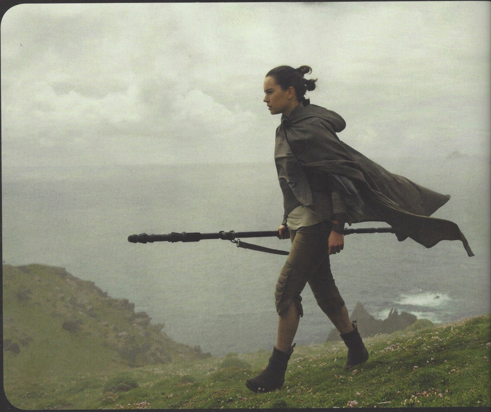 Six Stills For Star Wars: The Last Jedi Bring Us Closer To The Resistance