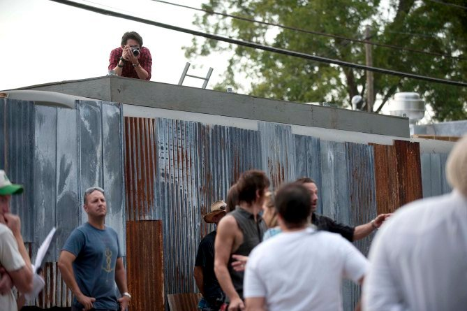 Candid Photos From The Walking Dead Find Levity In The Zombie Apocalypse