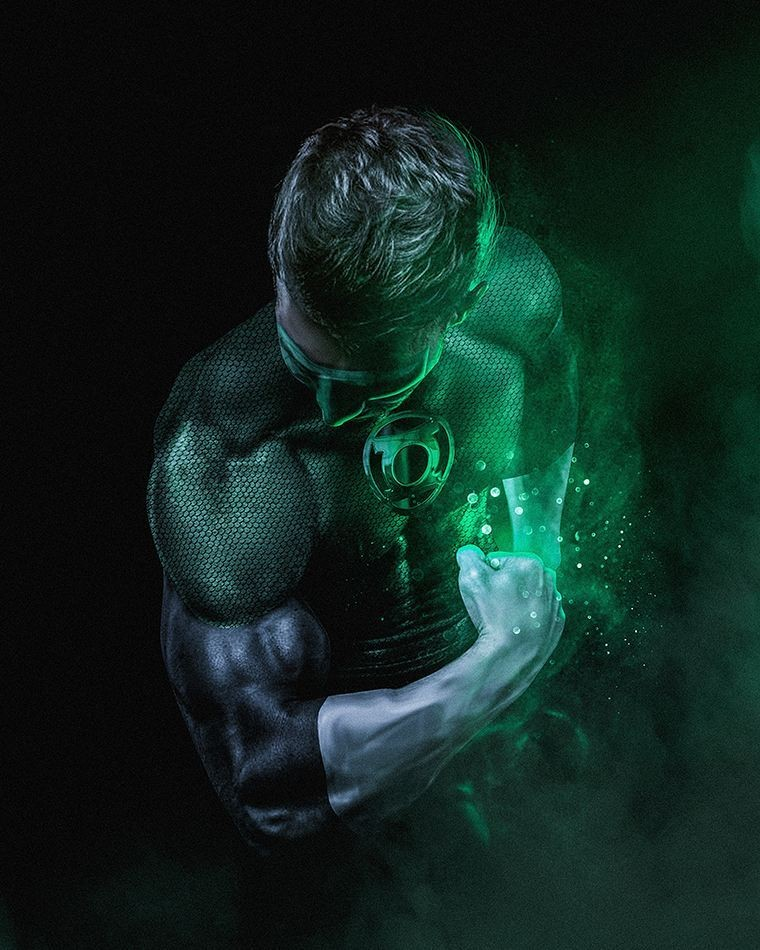 Armie Hammer Is Green Lantern On Fan-Made Justice League Poster