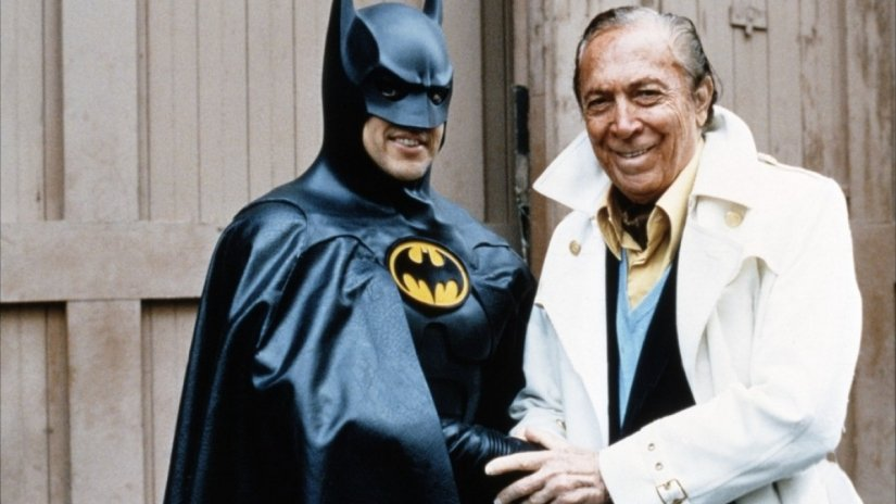 Behind The Scenes Photos From Batman Returns That Every Fan Should See
