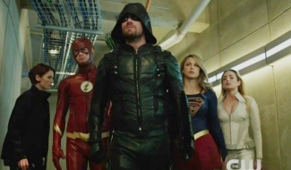 Stephen Amell Says Crisis On Earth-X Isn't Just A Crossover, It's An Event