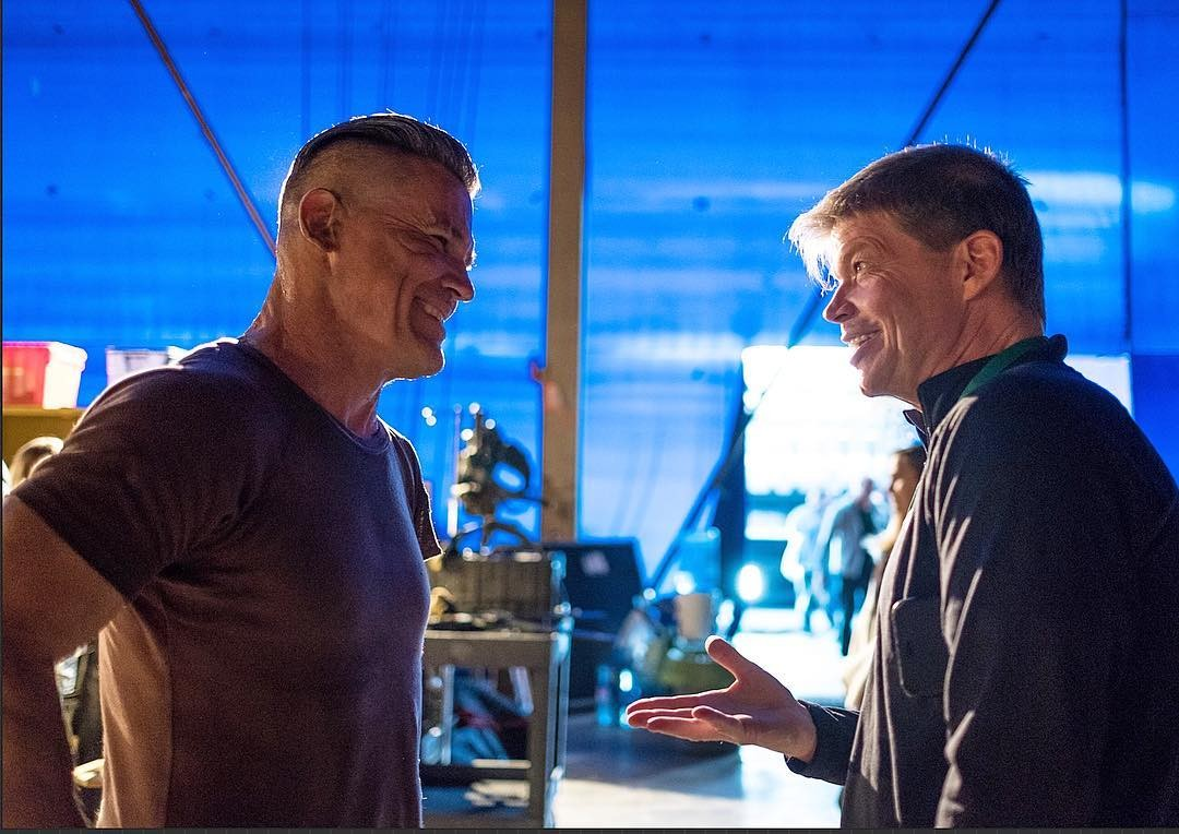 Deadpool Creator Rob Liefeld Crosses Paths With Cable In Awesome BTS Image