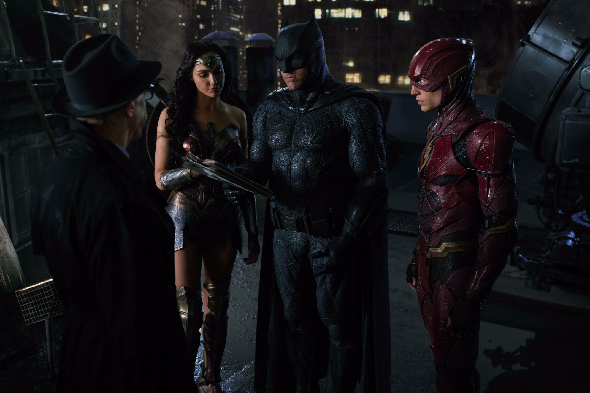 Justice League Stars Want A Marvel And DC Crossover Movie