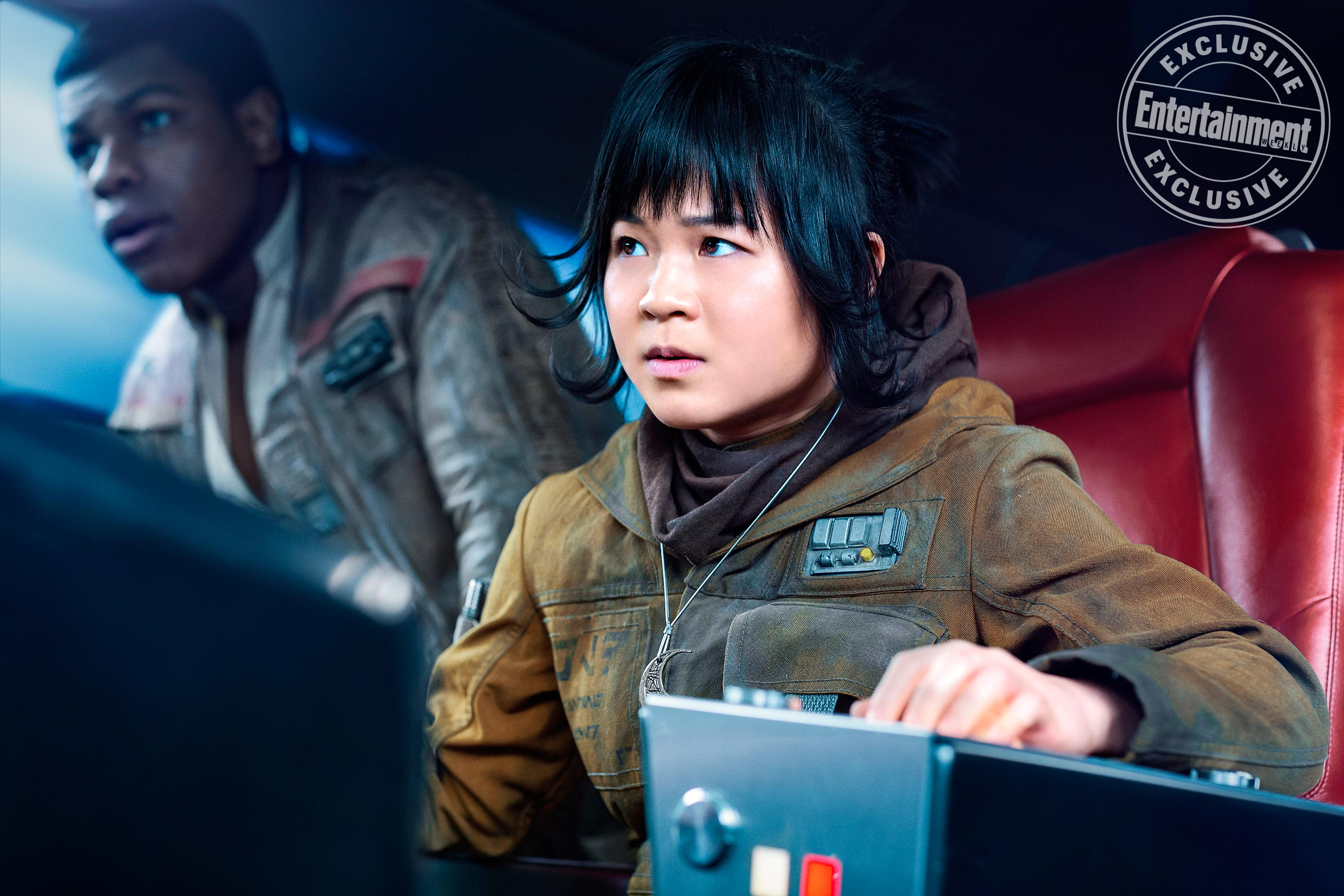 New Star Wars: The Last Jedi Action Shot Spotlights Rose And Her Mystery Necklace