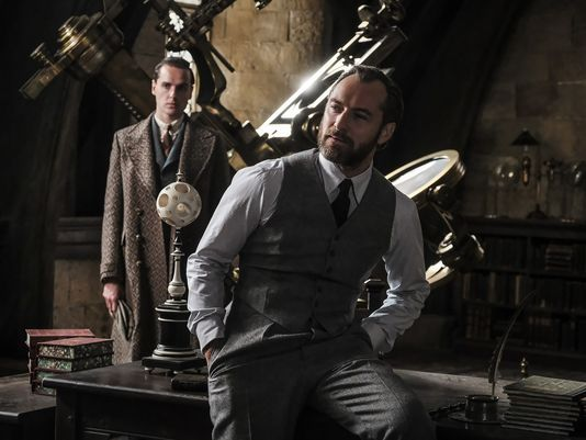 Fantastic Beasts: The Crimes Of Grindelwald Images Court Johnny Depp's Dark Wizard Out Of The Shadows