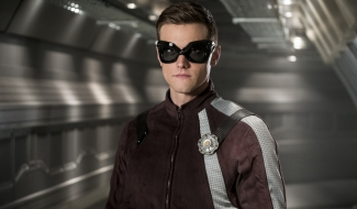 Ralph Dibny Gets A New Suit In Promo Images For Next Week's Flash