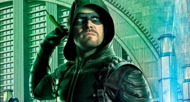 Arrow's Stephen Amell Teases Oliver-Centric Episode To Come