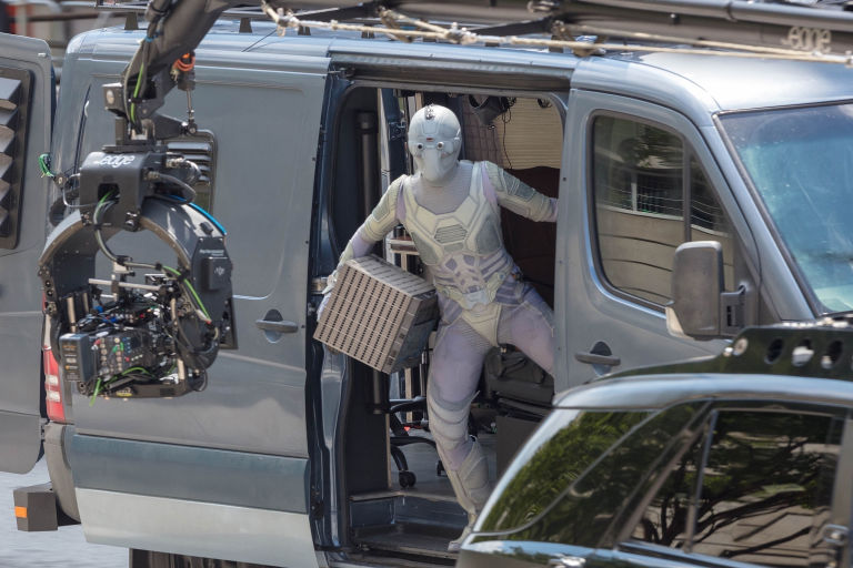 New Ant Man And The Wasp Set Photos Might Reveal The Ghost S