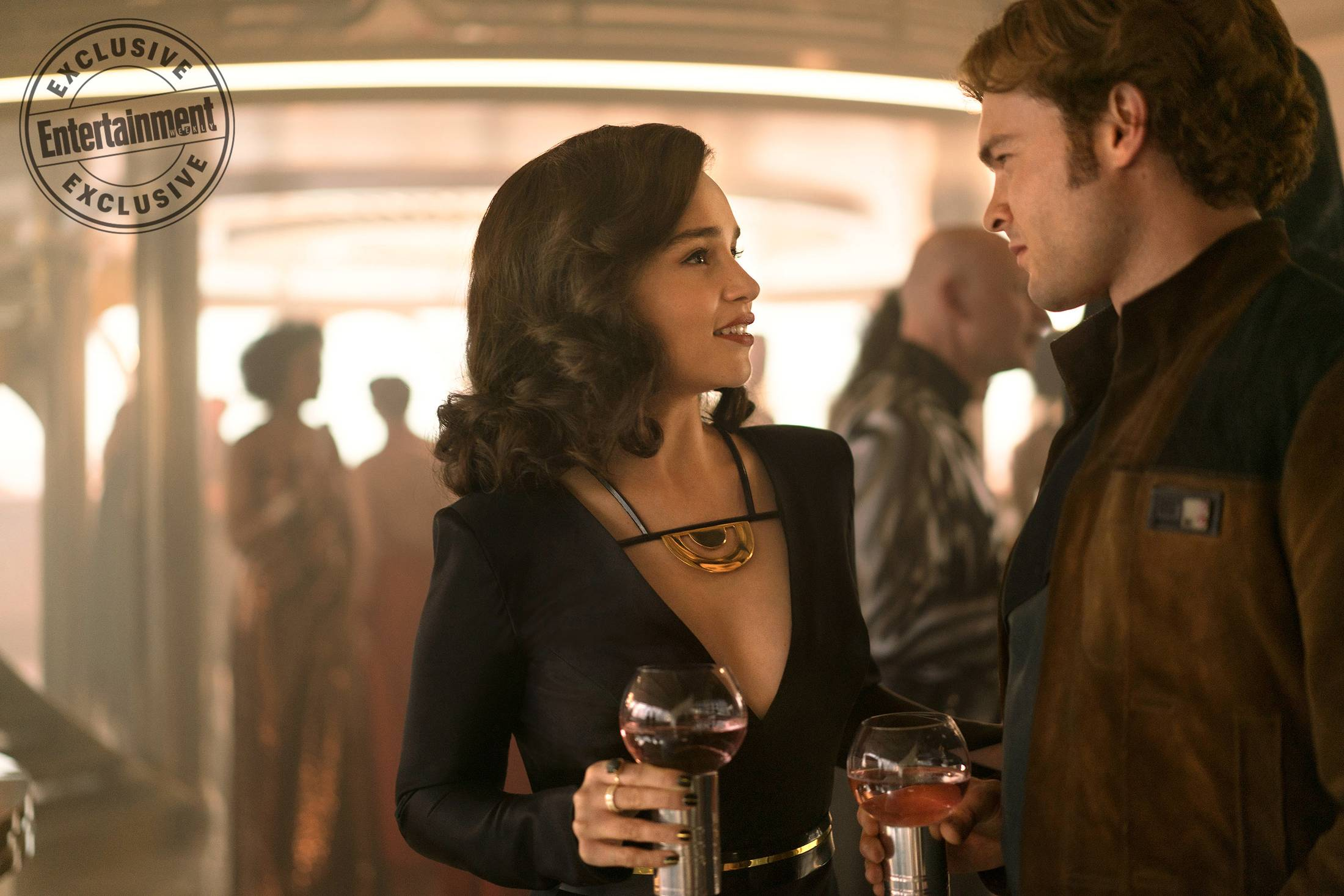 Han and Qi'Ra in Solo A Star Wars Story