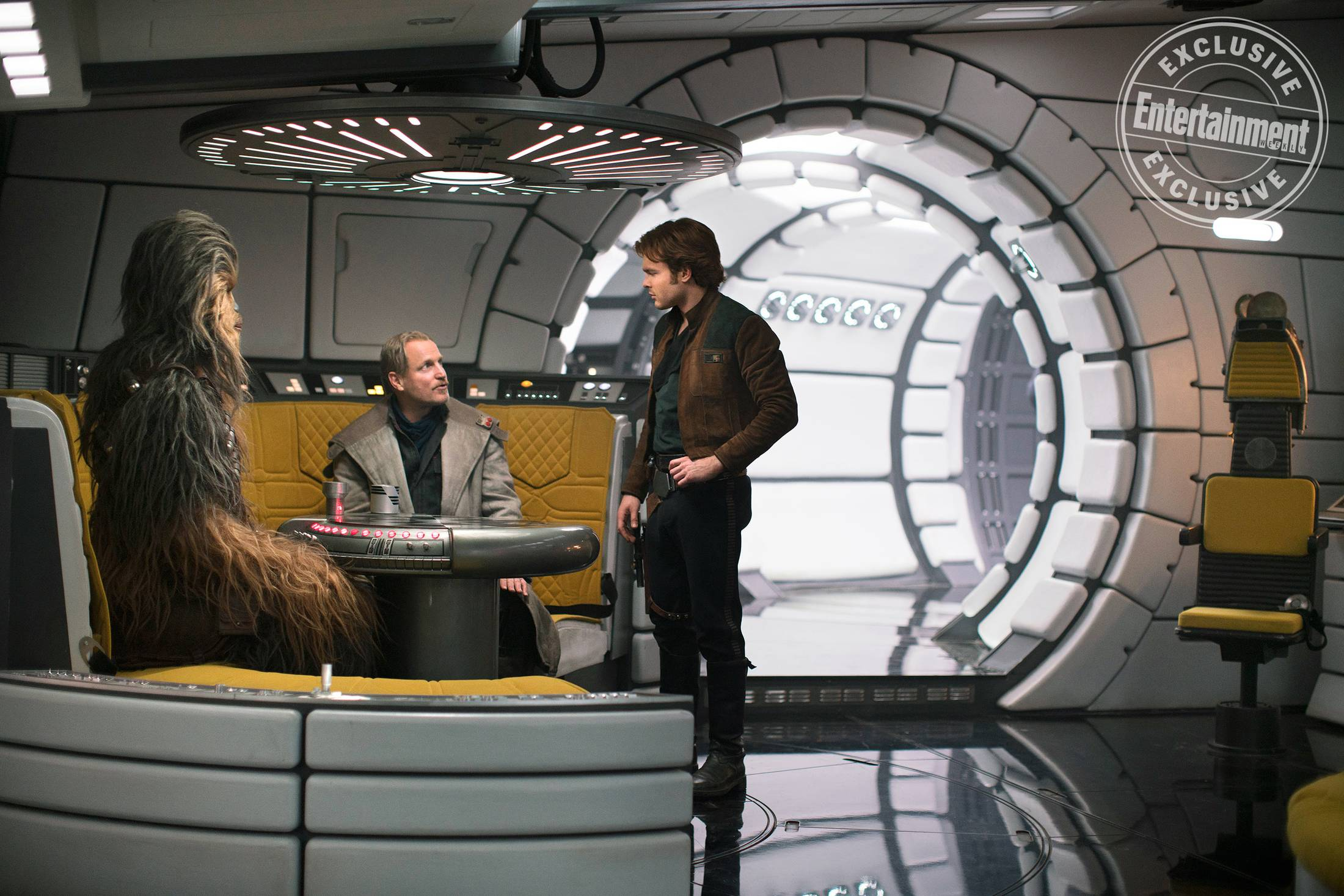 Solo star teases a new side to the millennium falcon for Interieur faucon millenium