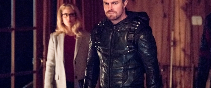 Arrow: New Collision Course Images Reveal Why The Fractured Team Is Fighting