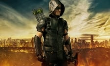 Stephen Amell Teases Return Of Season 4's Green Arrow Costume