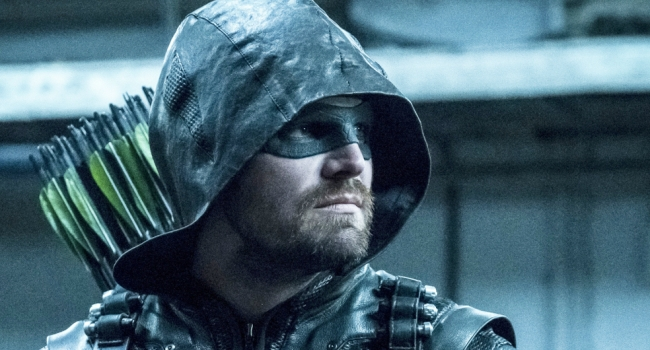 Stephen Amell Says Arrow Season 7 Premiere Will Contain One Of The Series' Best Action Scenes