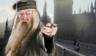 J.K. Rowling Told Jude Law All Of Dumbledore's Secrets To Prepare Him For Fantastic Beasts