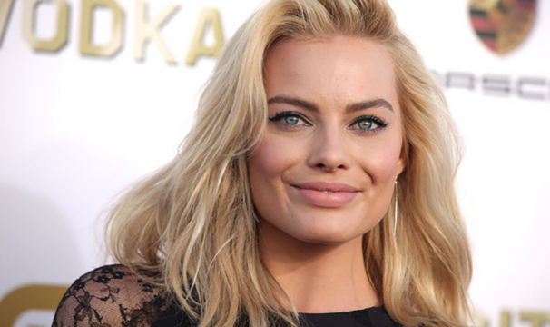 Margot Robbie to play Sharon Tate in Tarantino's Manson film