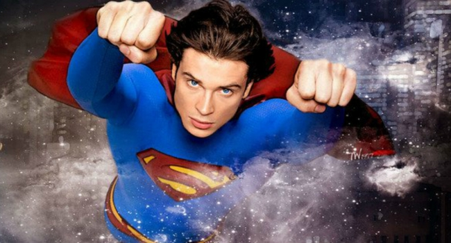 Stephen Amell Explains Why Tom Welling Is In Crisis On Infinite Earths