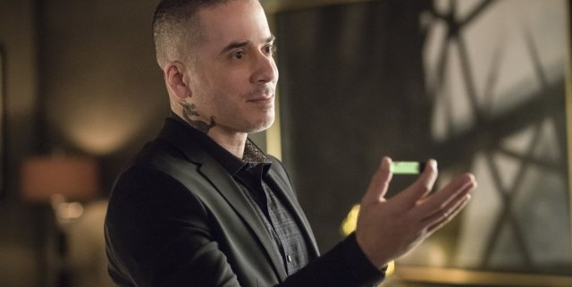 arrow-season-6-photos-13