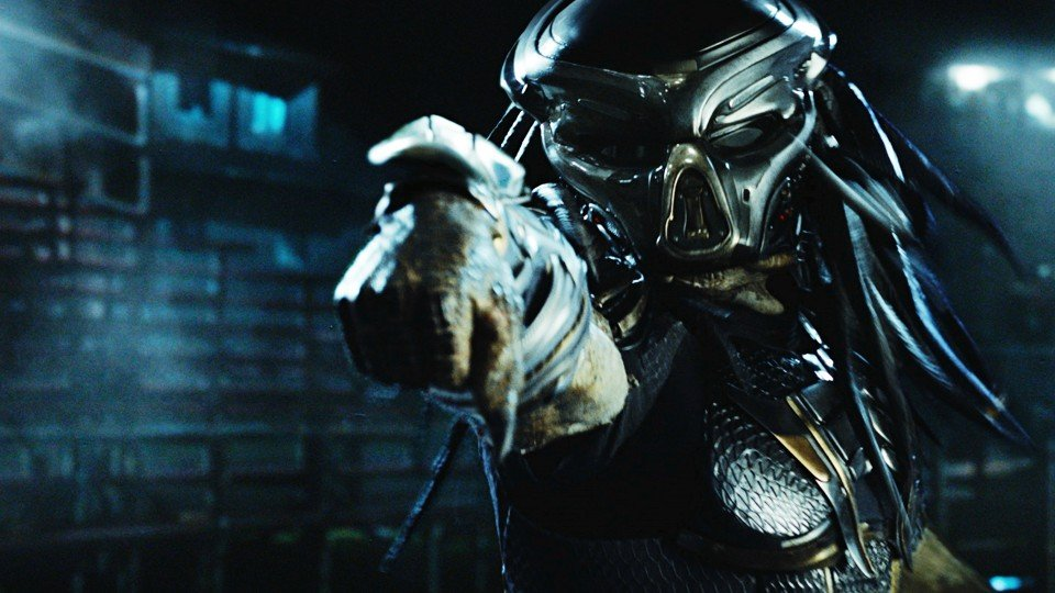 See the teaser trailer for The Predator