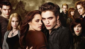 Twilight Director Reveals That The Early Script Was Crazy Different