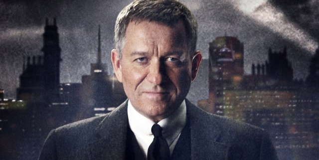 Poster-of-Sean-Pertwee-as-Alfred-Pennyworth-from-GOTHAM