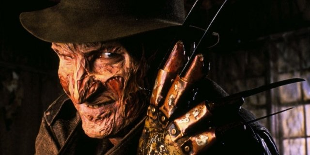 Robert-Englund-as-Freddy-Krueger