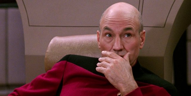 jean-luc-picard-star-trek-the-next-generation-hand