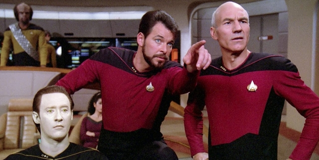 Star-Trek-The-Next-Generation-Bridge-Crew
