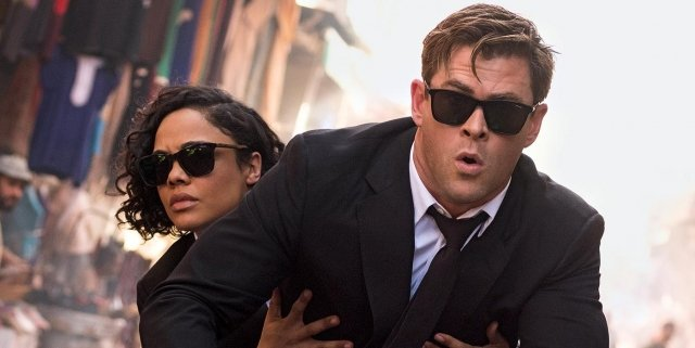 Tessa-Thompson-and-Chris-Hemsworth-in-Men-in-Black-International