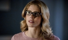 New Arrow Synopsis Hints At How Felicity May Exit The Series